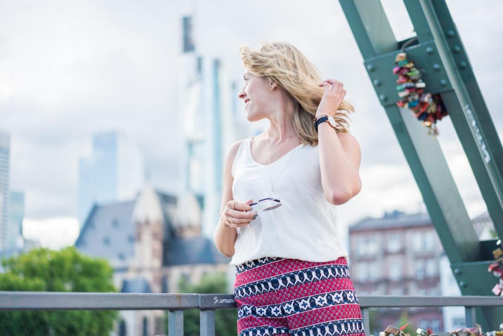 Eiserne Hosen-Liebe in Frankfurt, Baby!