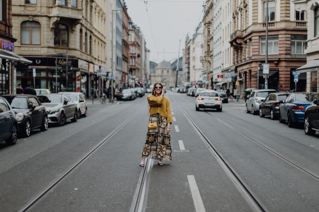 Italienisches Flair im Frankfurter Bahnhofsviertel: Schick in Versace-Optik