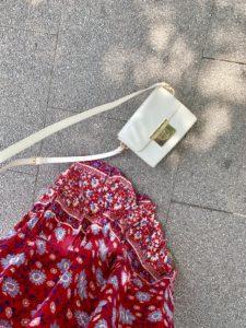 Im Folklore-Kleid neu entdeckt: Das Drei-Lilien-Café im Wiesbadener Dichterviertel