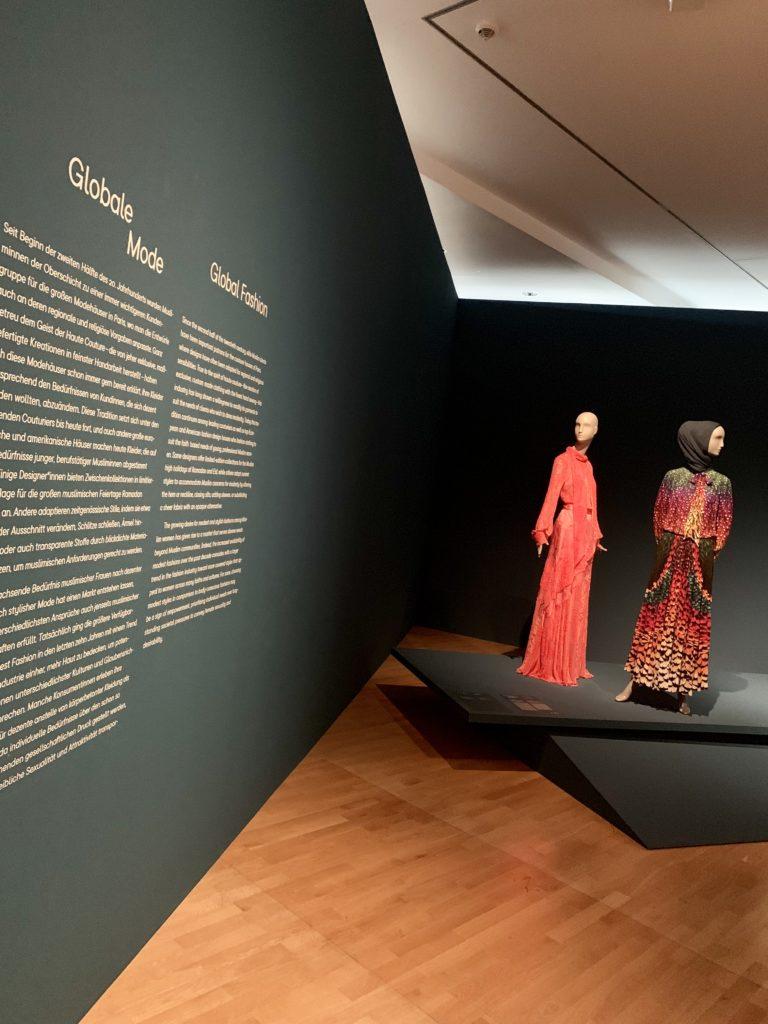 Hessisch4fashion_Museum Angewandte Kunst Frankfurt Contemporary Muslim Fashions